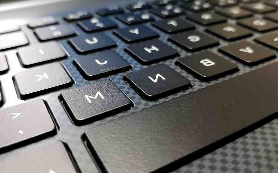 Comment démarrer un ordinateur fixe ?